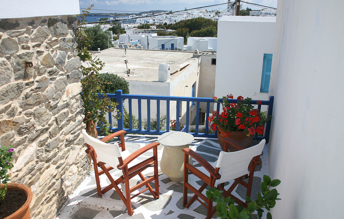 naoussa paros accommodation